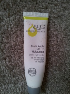 Juice Beauty Green Apple SPF 15 Moisturizer Review